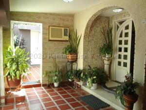 Casa En Ventaen Maracaibo, La Limpia, Venezuela, VE RAH: 21-5638