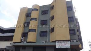 Apartamento En Ventaen Acarigua, Centro, Venezuela, VE RAH: 21-5631