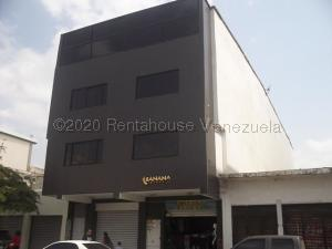 Local Comercial En Alquileren Barquisimeto, Centro, Venezuela, VE RAH: 21-5674