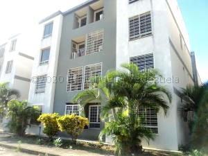Apartamento En Ventaen Cua, Centro, Venezuela, VE RAH: 21-5684