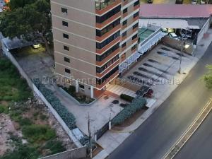 Apartamento En Ventaen Maracaibo, El Milagro, Venezuela, VE RAH: 21-5681