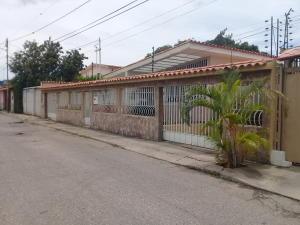 Casa En Ventaen Barquisimeto, Parroquia Concepcion, Venezuela, VE RAH: 21-5696
