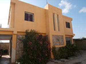 Casa En Ventaen Coro, Sector Sur La Paz, Venezuela, VE RAH: 21-5713