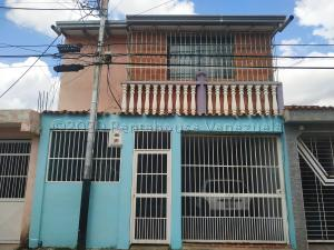 Casa En Ventaen Valencia, Parque Florida, Venezuela, VE RAH: 21-6019