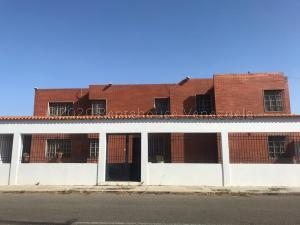 Casa En Ventaen Punto Fijo, Santa Irene, Venezuela, VE RAH: 21-5717