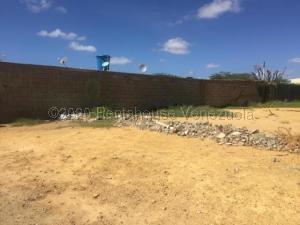 Terreno En Ventaen Punto Fijo, Guanadito, Venezuela, VE RAH: 21-5741
