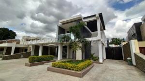 Casa En Ventaen Municipio San Diego, Las Morochas I, Venezuela, VE RAH: 21-5749