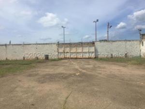 Terreno En Ventaen Punto Fijo, Santa Elena, Venezuela, VE RAH: 21-5752