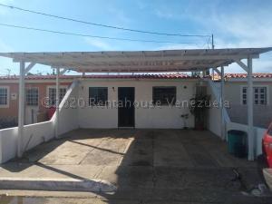 Casa En Ventaen Cabudare, Parroquia José Gregorio, Venezuela, VE RAH: 21-5755