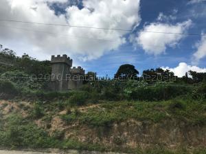 Terreno En Ventaen El Junquito-Vargas, El Junko Country Club, Venezuela, VE RAH: 21-6172