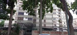 Apartamento En Ventaen Caracas, El Paraiso, Venezuela, VE RAH: 21-5797