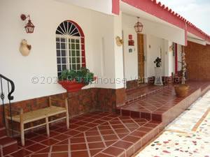 Casa En Ventaen Punto Fijo, Guanadito, Venezuela, VE RAH: 21-5778