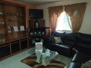 Apartamento En Ventaen Turmero, San Pablo, Venezuela, VE RAH: 21-5845