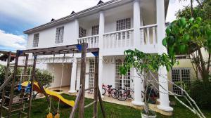 Casa En Ventaen Caracas, Prados Del Este, Venezuela, VE RAH: 21-6121