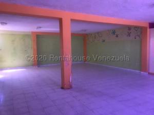 Local Comercial En Alquileren Punto Fijo, Centro, Venezuela, VE RAH: 21-5828