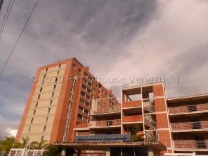 Apartamento En Ventaen Caracas, El Encantado, Venezuela, VE RAH: 21-6849