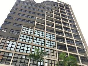 Local Comercial En Ventaen Caracas, Sabana Grande, Venezuela, VE RAH: 21-5868
