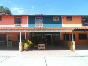 Townhouse En Ventaen Merida, El Arenal, Venezuela, VE RAH: 21-5851
