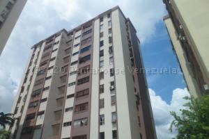 Apartamento En Ventaen Municipio Naguanagua, Casco Central, Venezuela, VE RAH: 21-4677