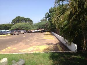 Terreno En Ventaen Maracaibo, La Lago, Venezuela, VE RAH: 21-5857