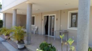Casa En Ventaen Cabudare, Parroquia Agua Viva, Venezuela, VE RAH: 21-5864