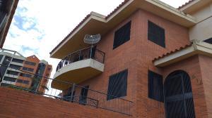 Casa En Ventaen Barquisimeto, Parroquia Santa Rosa, Venezuela, VE RAH: 21-5874