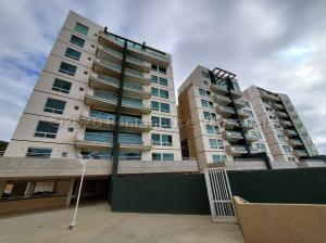 Apartamento En Ventaen Caracas, La Lagunita Country Club, Venezuela, VE RAH: 21-5899