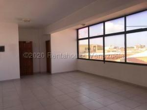 Local Comercial En Alquileren Punto Fijo, Santa Fe, Venezuela, VE RAH: 21-5916