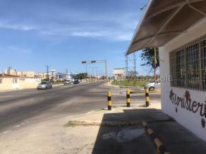 Local Comercial En Ventaen Punto Fijo, Casacoima, Venezuela, VE RAH: 21-5919