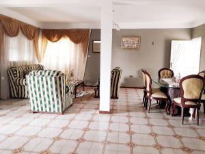 Apartamento En Ventaen Coro, Sector Bobare, Venezuela, VE RAH: 21-5926