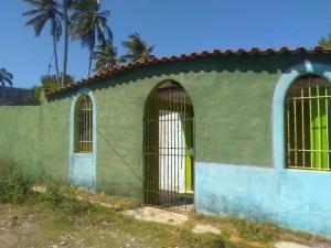 Casa En Ventaen Tocopero, La Montaña, Venezuela, VE RAH: 21-5936