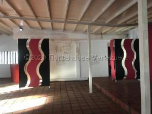 Local Comercial En Ventaen Punto Fijo, Puerta Maraven, Venezuela, VE RAH: 21-5985