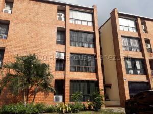 Apartamento En Ventaen Municipio San Diego, Aves De Paraíso, Venezuela, VE RAH: 21-6112