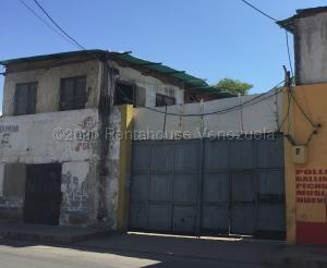 Local Comercial En Ventaen Margarita, Porlamar, Venezuela, VE RAH: 21-6033
