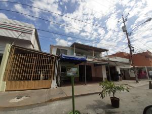 Local Comercial En Ventaen Cabudare, Parroquia Cabudare, Venezuela, VE RAH: 21-6072