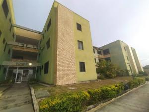 Apartamento En Ventaen Cabudare, Centro, Venezuela, VE RAH: 21-6074