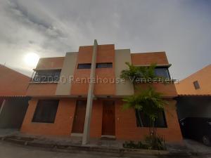 Townhouse En Ventaen Municipio Naguanagua, Manongo, Venezuela, VE RAH: 21-6206