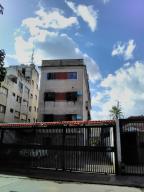 Apartamento En Ventaen Caracas, Los Rosales, Venezuela, VE RAH: 21-6227