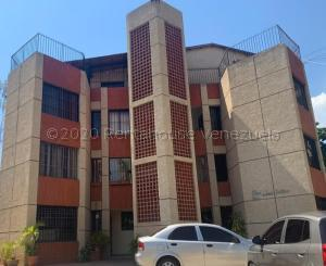 Apartamento En Ventaen Maracaibo, Valle Frio, Venezuela, VE RAH: 21-6249
