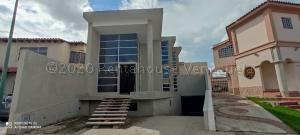 Casa En Ventaen Barquisimeto, Zona Este, Venezuela, VE RAH: 21-6258