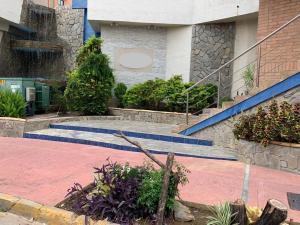 Apartamento En Ventaen Valencia, Valle Blanco, Venezuela, VE RAH: 21-6264