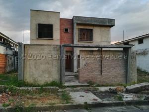 Casa En Ventaen Valencia, Trigal Norte, Venezuela, VE RAH: 21-6265