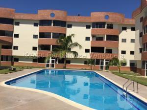 Apartamento En Ventaen Higuerote, Higuerote, Venezuela, VE RAH: 21-6439