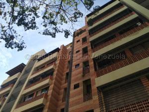 Apartamento En Ventaen Valencia, Campo Alegre, Venezuela, VE RAH: 21-6277
