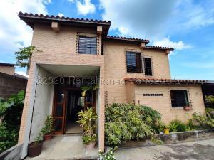 Casa En Ventaen Barquisimeto, Colinas De Santa Rosa, Venezuela, VE RAH: 21-6635