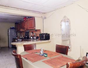 Casa En Ventaen Coro, Sector Independencia, Venezuela, VE RAH: 21-6304