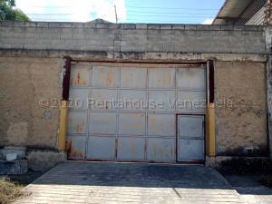 Galpon - Deposito En Alquileren Guarenas, Los Naranjos, Venezuela, VE RAH: 21-3925