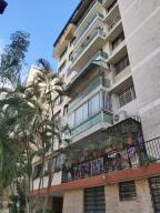 Apartamento En Ventaen Caracas, Los Palos Grandes, Venezuela, VE RAH: 21-6360
