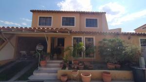 Casa En Ventaen Cabudare, El Trigal, Venezuela, VE RAH: 21-6378