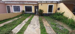 Casa En Alquileren Cabudare, La Mora, Venezuela, VE RAH: 21-6394